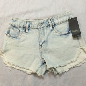 NWT MOSSIMO WOMENS JEANS SHORTS SIZE 0/25